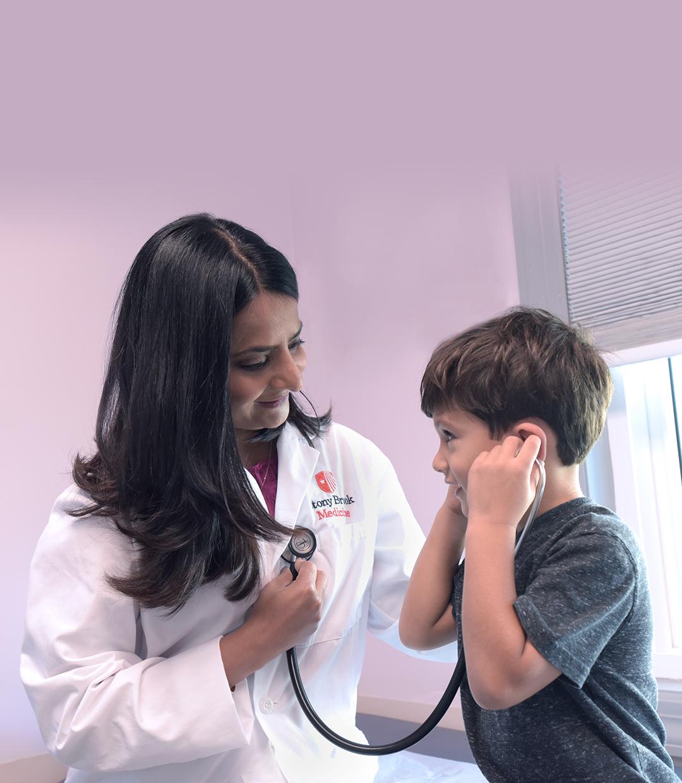 Stony Brook Pediatría en Sayville